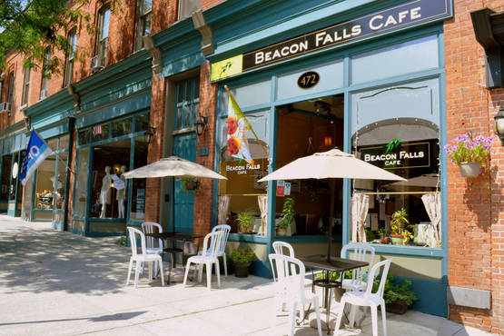 Beacon Falls Cafe Is Pet Friendly